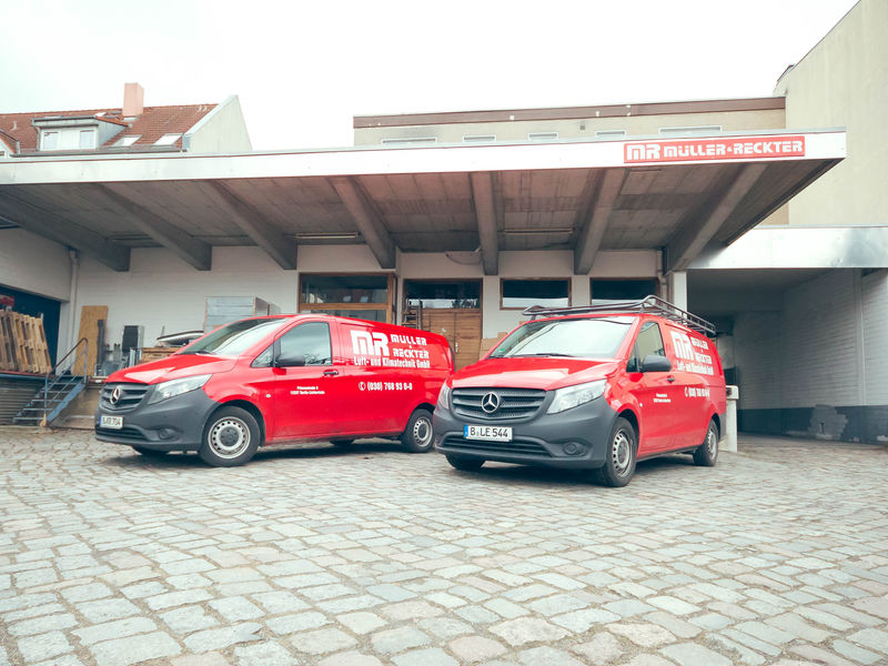 Müller & Reckter - Firmenfahrzeuge